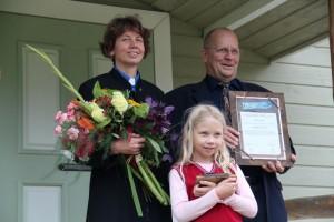 Harjumaa kogukonna pärl 2012 on Lea ja Heikki Ylöneni pere. Foto: Kodukant