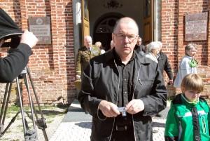 Heiki Magnus Eesti Sõjameeste Mälestuskirikust väljumas Foto Urmas Saard