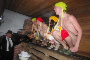 Lisaboonust annab saunaomanike korraldatud meelelahutustes osalemine