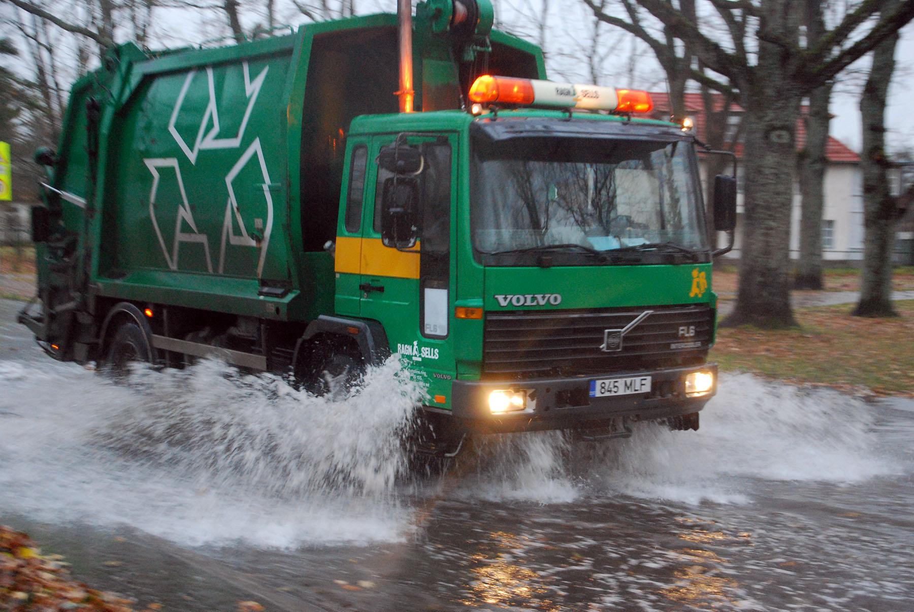 Illustreeriv foto varajasemast korrast üleujutavas Pärnus. Foto Urmas Saard