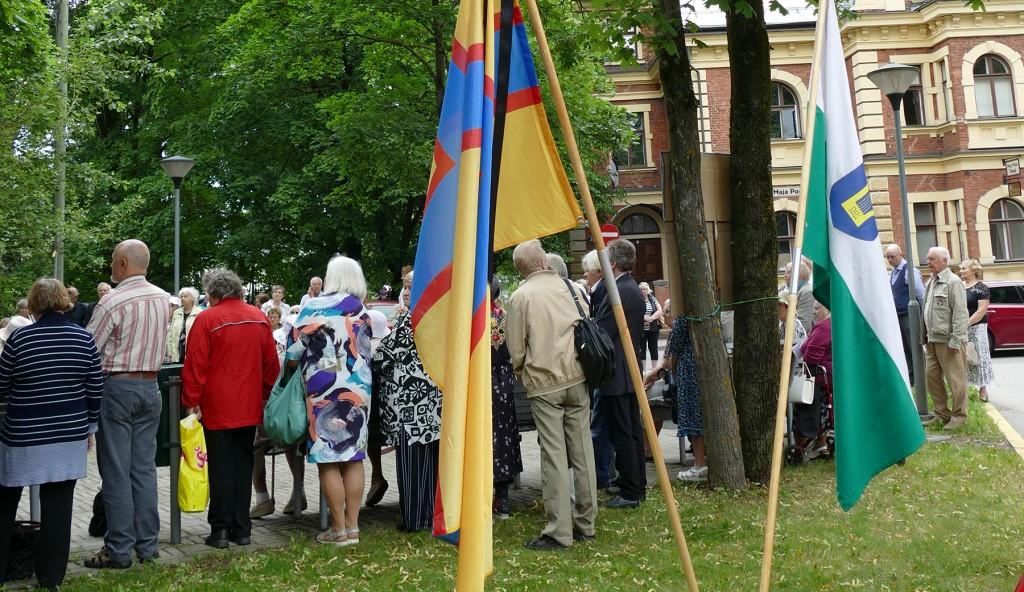Ingeri- ja Petserimaa lipud. Foto Edgar Saar