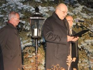 Jõgeva linnapea Aareo Olgo soovitas jõulurahu väljakuulutamisel pühadekaarte saata. Foto: Marge Tasur