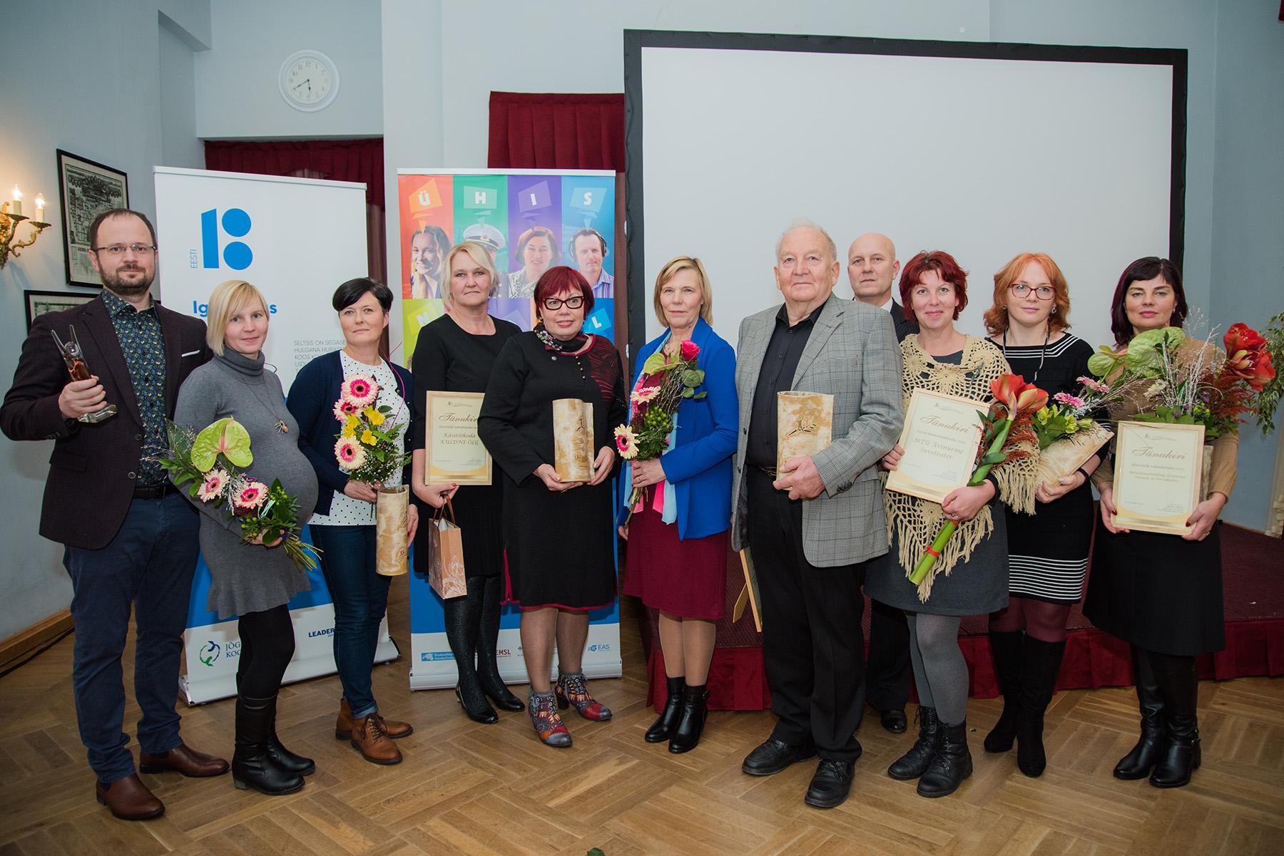 Jõgevamaa parimate Kodanikuühenduste eestvedajad Kuremaa lossis. Foto Liina Laurikainen