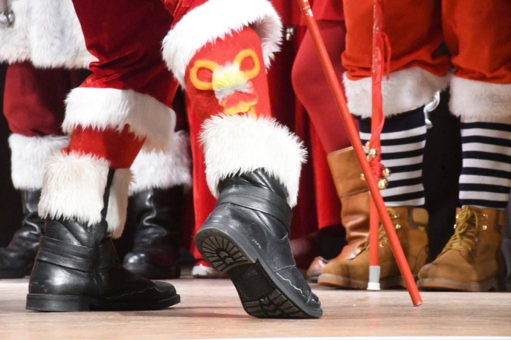 Jõuluvanade moedemosntratsioon Kadrinas Foto Urmas Saard