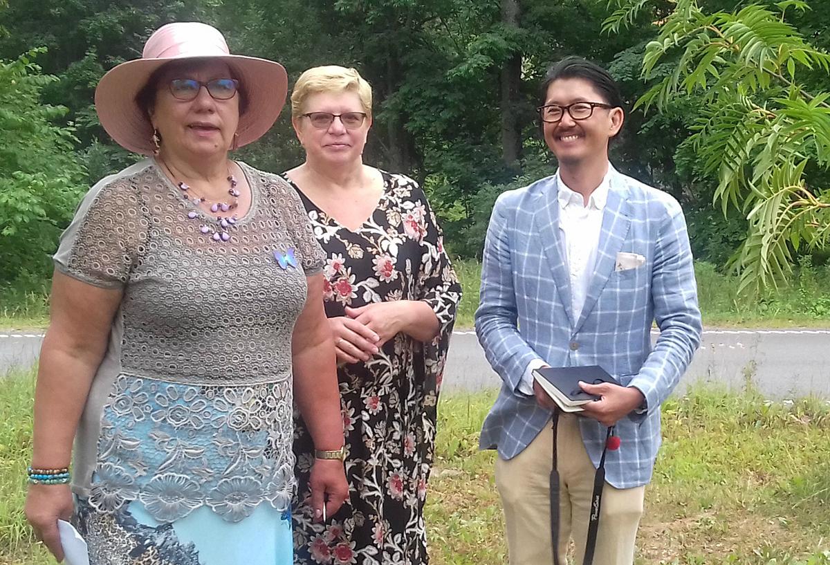 e02e69341c8 Jaapani külaline Yuij Miyata koos Viljandi abivallavanema Ene Saare ja  tõlgiga. Foto Urve Mukk