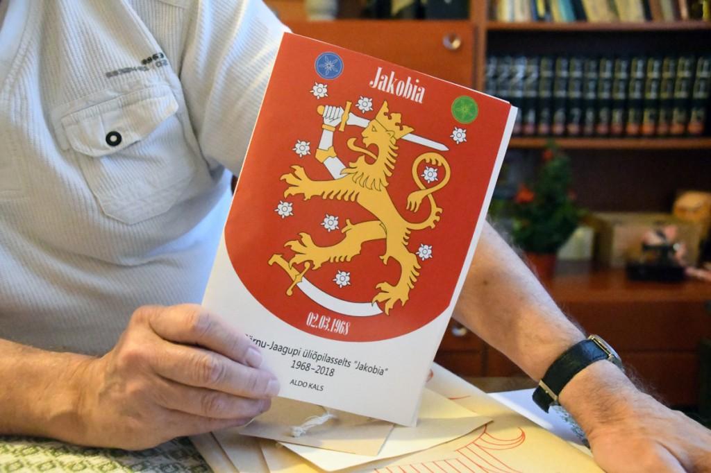 Jakobia Soome vapi eeskujul tehtud embleemi autoriks on Külle Jaanits Foto Urmas Saard