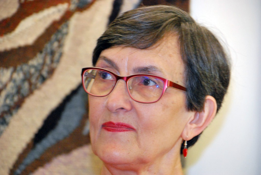 Karin Tislar oma 70 sünnipäeval Sindi muuseumis isiknäitust avamas  Foto Urmas Saard