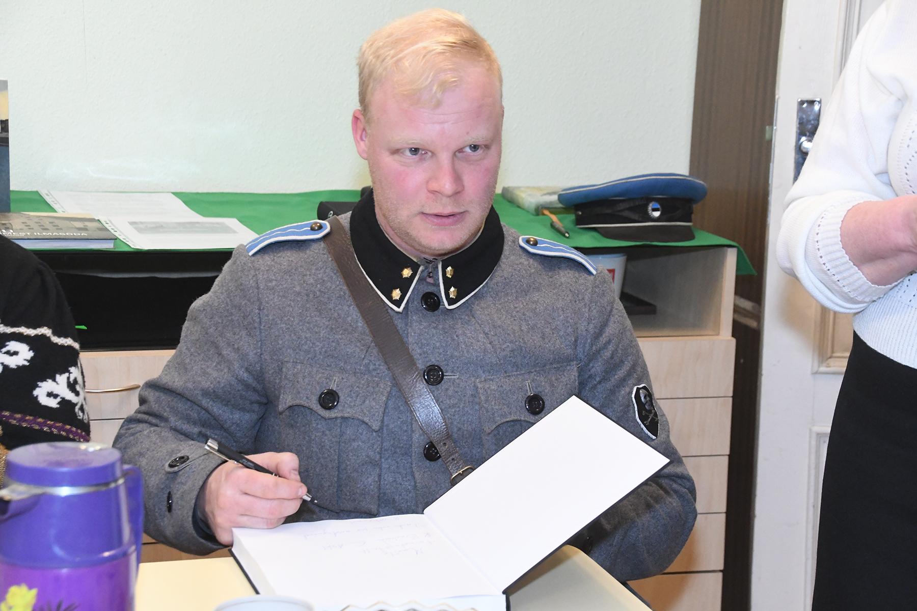 Kristjan Bachman, Kaitseväe Akadeemia muuseumi juhataja. Foto Urmas Saard