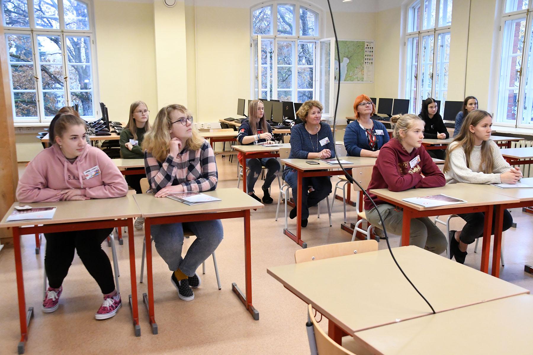 Kuues Pärnumaa matemaatikute õppelaager Sindis. Foto Urmas Saard