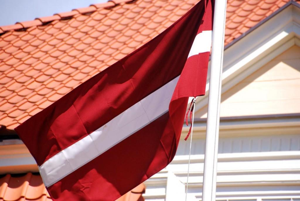 Läti lipp Foto Urmas Saard