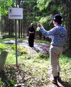 Seo kivi Vahtsõliina kihlkunnan saa ka sildi pääle õigõ nime Lagjakivi. Harju Ülle pilt.