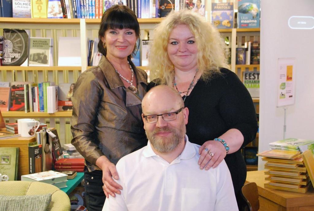 Lea Jaanimaa ja Margit Peterson  ()kivisildniku seltsis Foto Urmas Saard