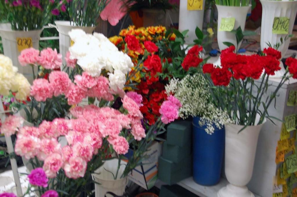Lillede valiik turu letil Foto Urmas Saard