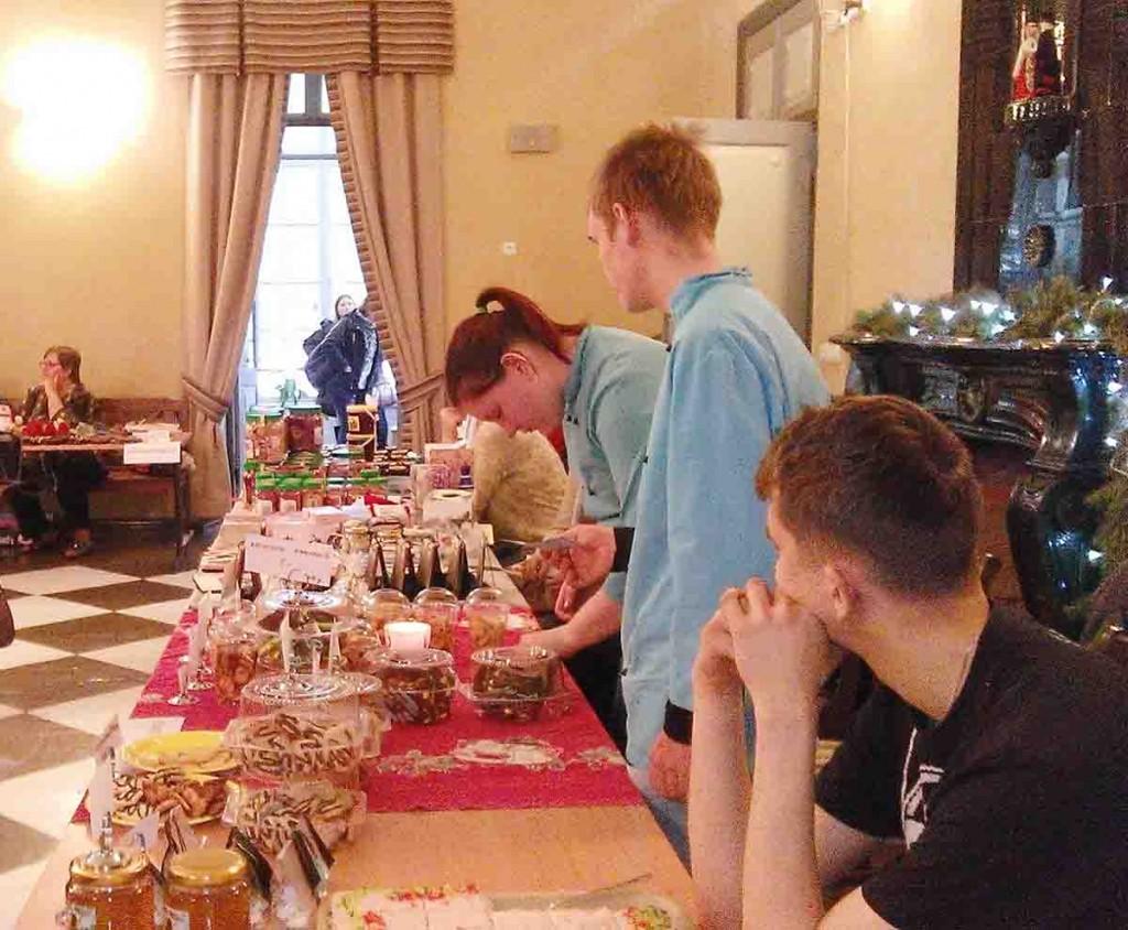 Meisterdamistoad on Heimtali jõululaatadel traditsiooniks. Foto erakogu