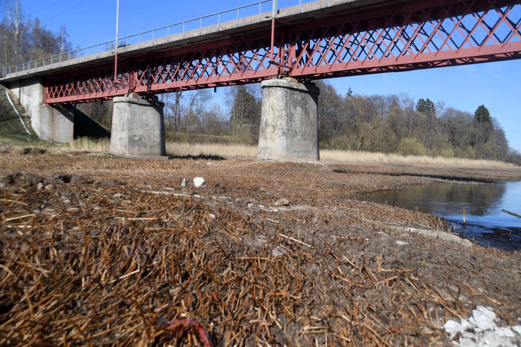 Pärnu jõgi Sindi silla kohal pärast paisu mahavõtmist Foto Urmas Saard