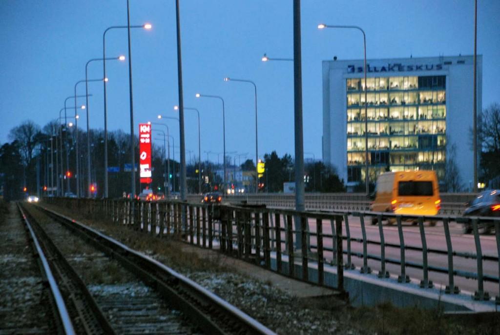Rail Balticu trassi tarvis ehitatakse Pärnu jõge ületava Papiniidu silla kõrvale uus kahe rööpmepaariga raudteesild Foto Urmas Saard