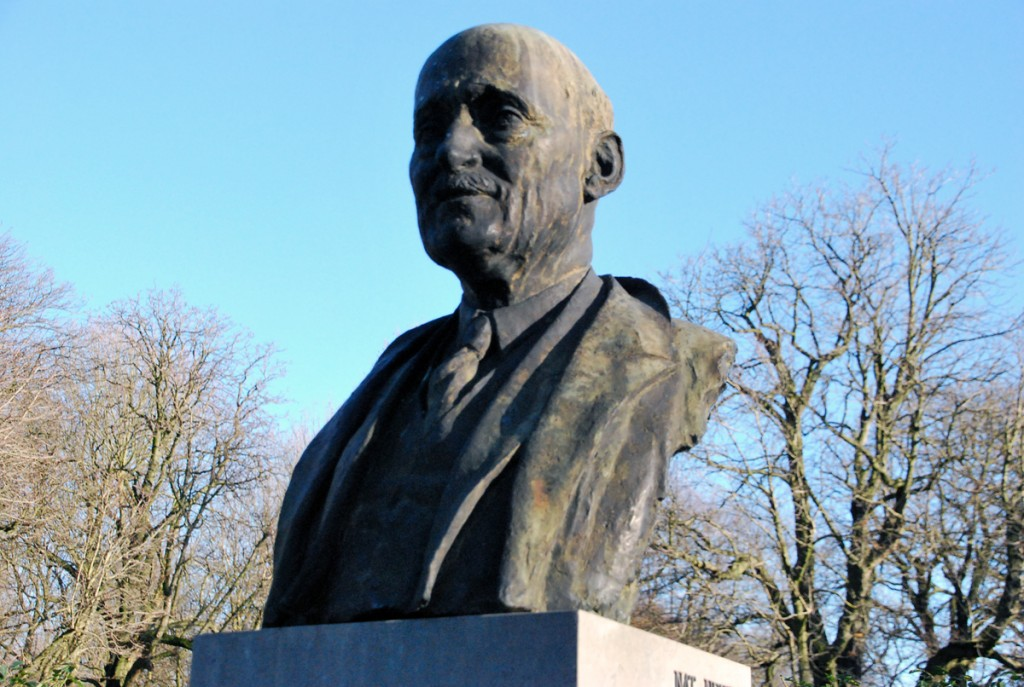 Robert Schumani büst Brüsselis Foto Urmas Saard
