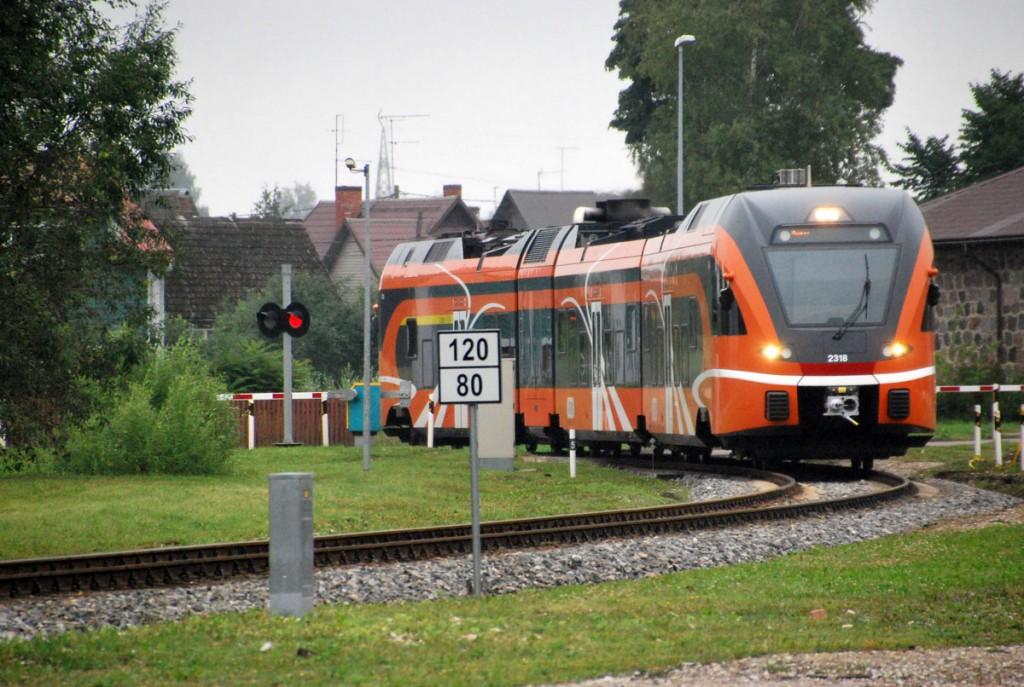 Rong läheneb Viljandi jaamale Foto Urmas Saard