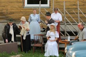 Sadala Külade Teatri näiteseltskond proovis juuni 2012