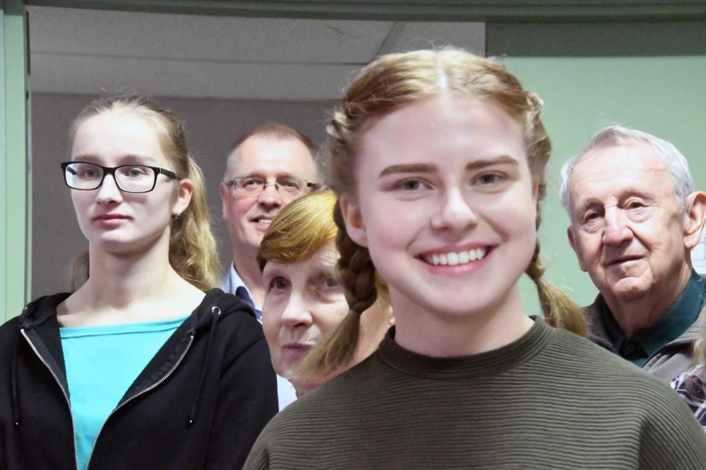 Sindi gümnaasiumi 11 klassi ja Sindi ajalooklubi ühiskülastus Kaitseväe Ühendatud Õppeasutusse Foto Urmas Saard
