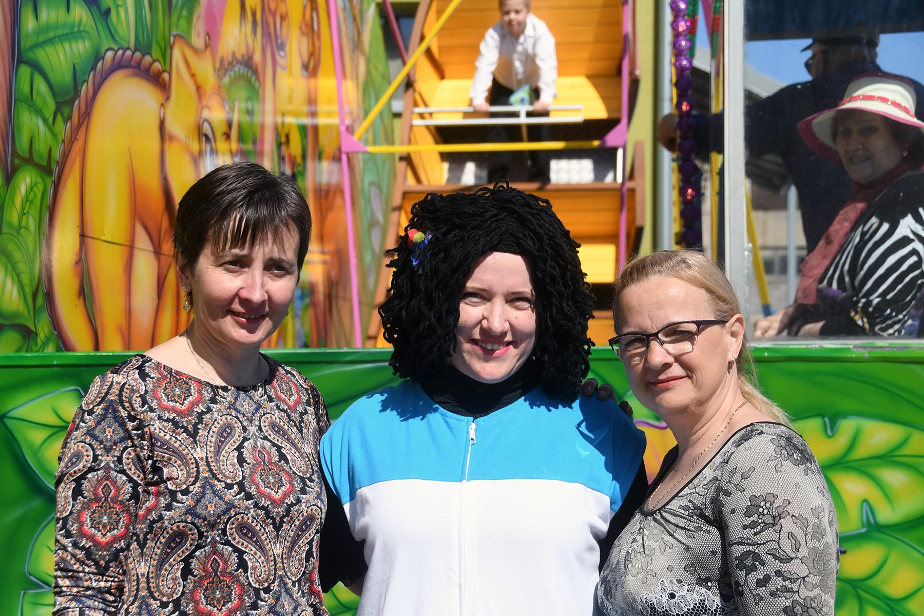 Sindi viienda laada korraldajate kolmik Ülle Ots, Alice Laanemaa, Anneli Uustalu. Foto Urmas Saard
