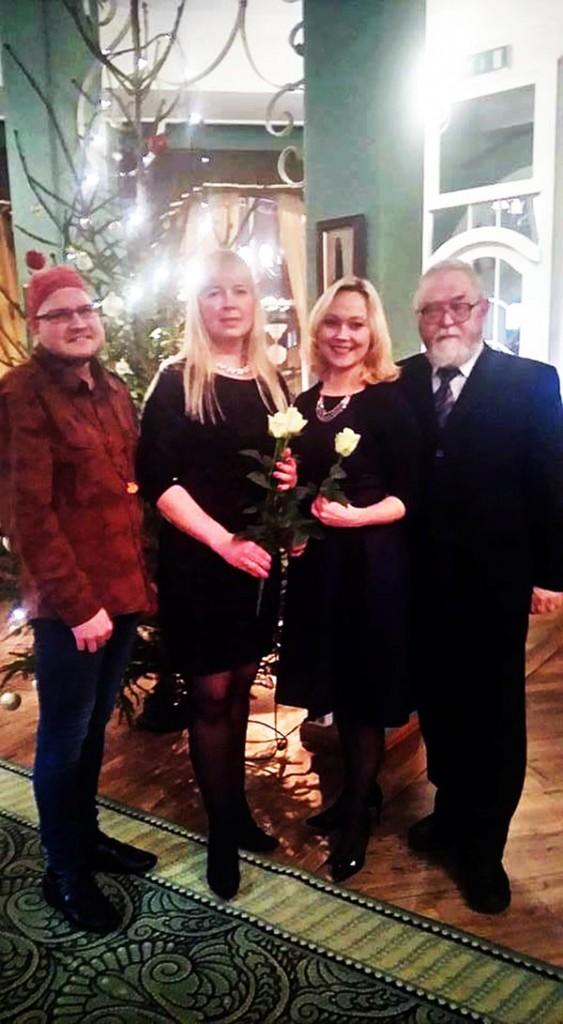 Timo Dreimann, Krista Nõmm, Liina Hansen, Jaak Känd Pärnus eakate avahoolduskeskuses