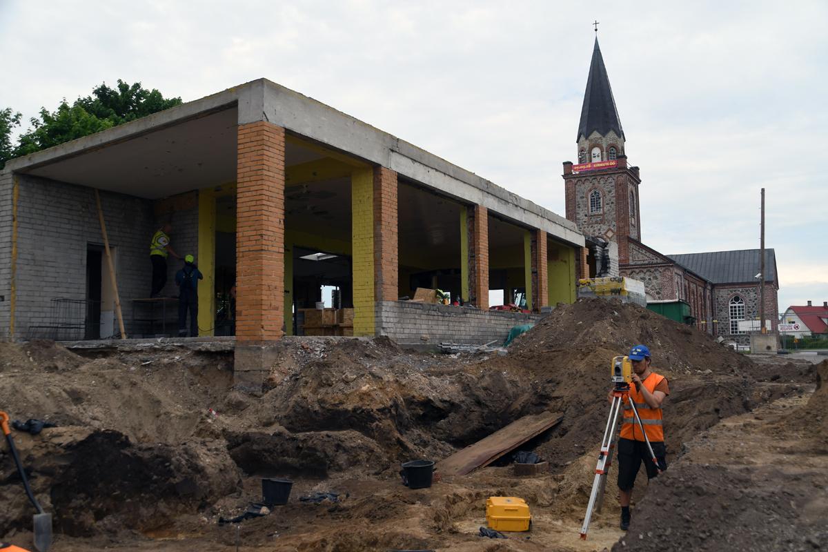 0db4636555c Tori kaupluse ehituse juures toimuvad arheoloogilised väljakaevamised Foto  Urmas Saard