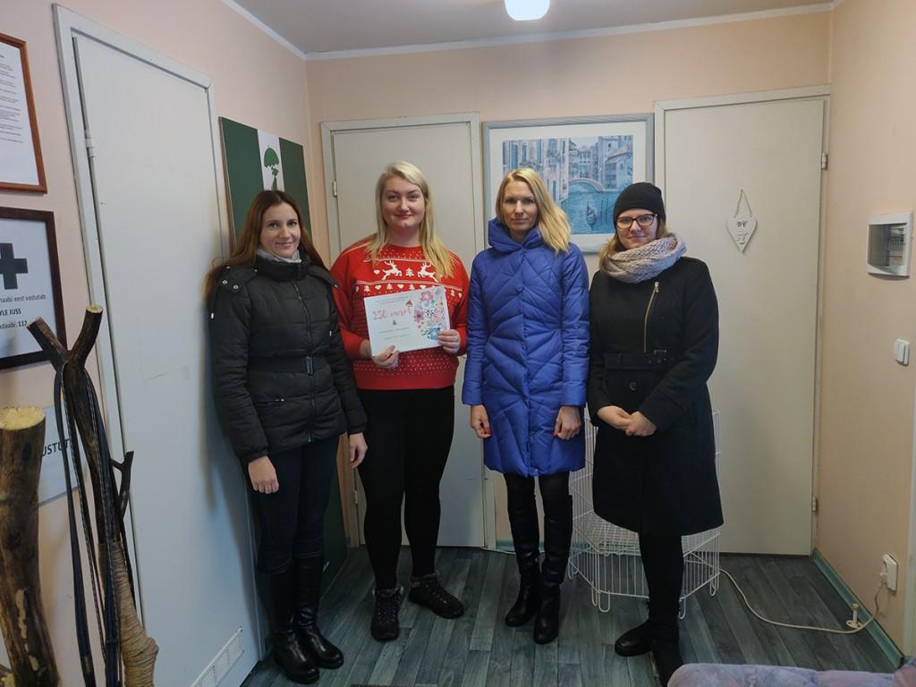 Tori vallavalitsuse töötajate poolt on annetus Pärnu loomade varjupaigale üle antud.
