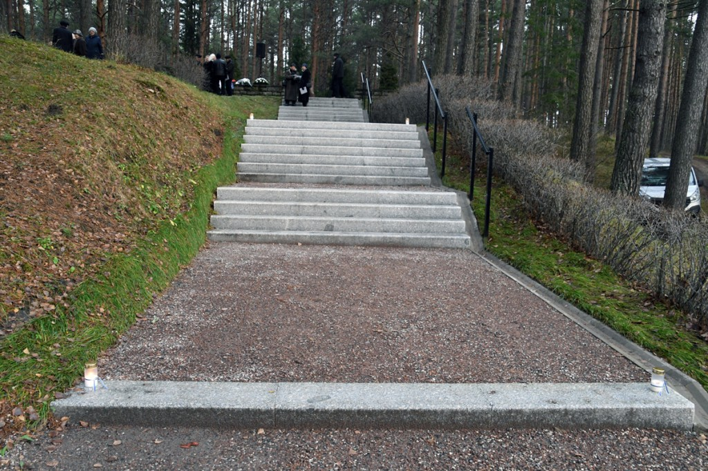 Uuendatud trepp tõuseb perekond Pätside rahulasse Foto Urmas Saard