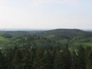 Suvine vaade Suurelt Munamäelt Vällämäele. Foto: Erkki Peetsalu