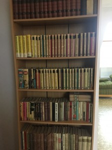 Valdo Pandile kuulunud raamatud Sadala koolis.
