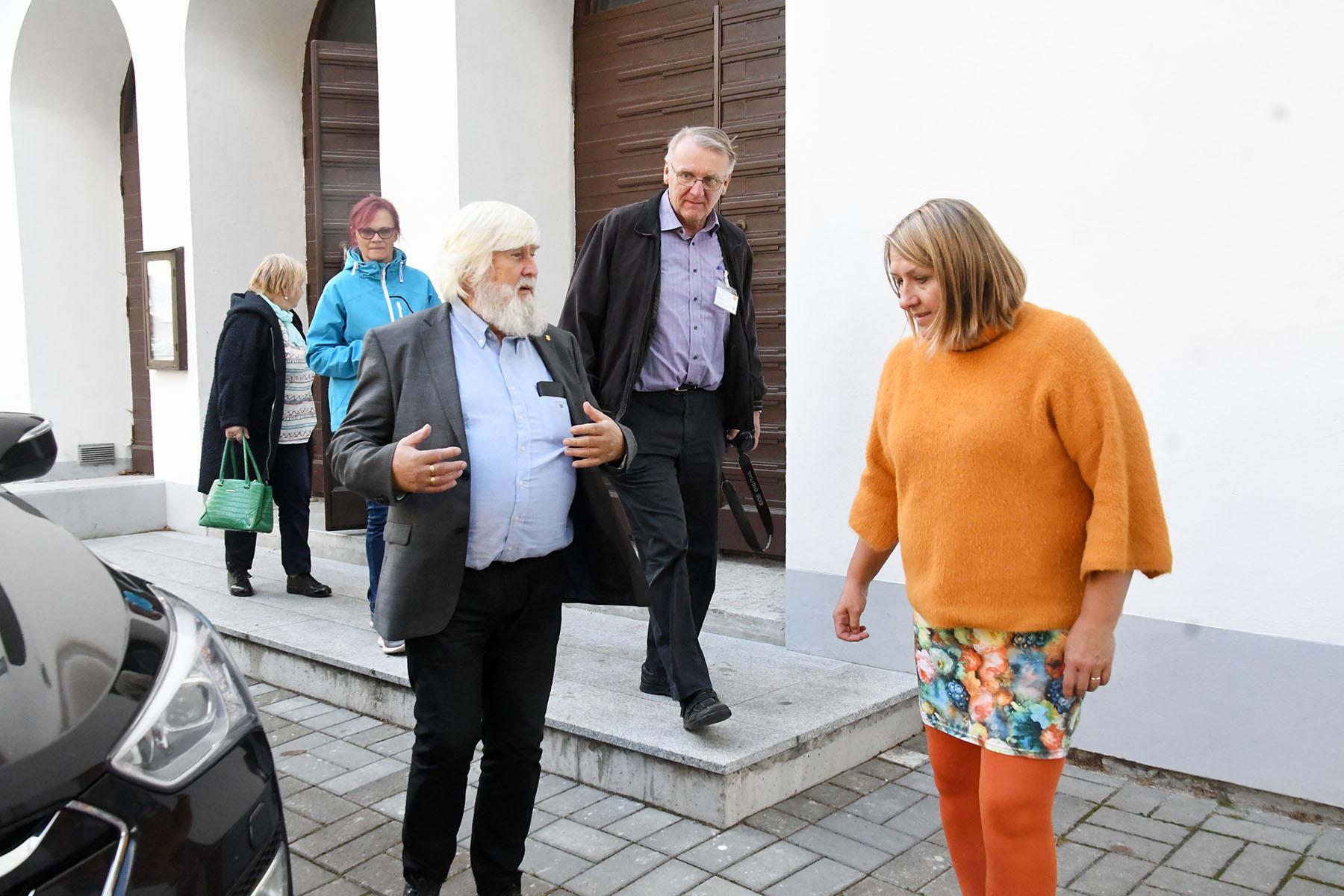 Y's Men Soome-Balti piirkonna aastakoosolekust osavõtnud tutvuvad Peeteli kiriku sotsiaalkeskuse tööga. Foto Urmas Saard