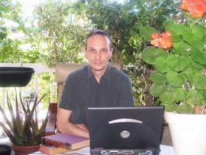 El escritor Estonio Jan Beltrán. Foto: Oliver Topper