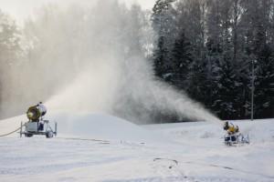 Otepääl on lumekahurid tööhoos. Foto: Monika Otrokova