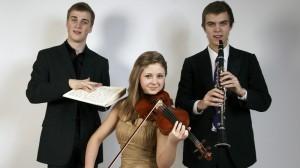Johan Randvere, Marike Kruup ja Marten Altrop. Foto: klassikaraadio.ee