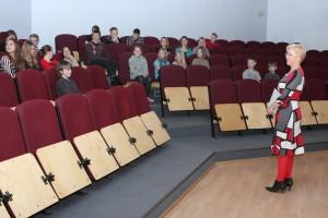 Evelin Ilves külastamas Muhu Põhikooli. Fotod: Tõnu Veldre/Saarte Hääl